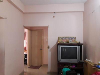 Gallery Cover Image of 690 Sq.ft 2 BHK Apartment for rent in Valasaravakkam for 10000