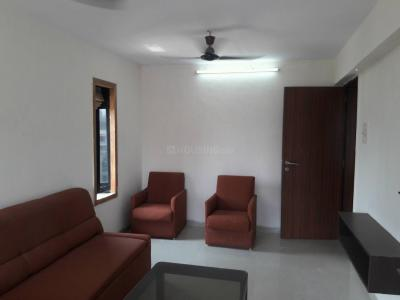 Gallery Cover Image of 550 Sq.ft 1 BHK Apartment for buy in Khar West for 25500000