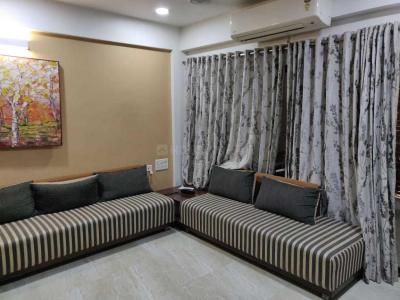Gallery Cover Image of 1800 Sq.ft 3 BHK Apartment for rent in Satellite for 40000