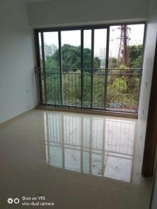 Gallery Cover Image of 700 Sq.ft 2 BHK Apartment for buy in Kalpataru Sunrise, Thane West for 9400000