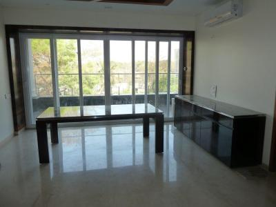 Gallery Cover Image of 3000 Sq.ft 3 BHK Independent Floor for rent in Aundh for 105000