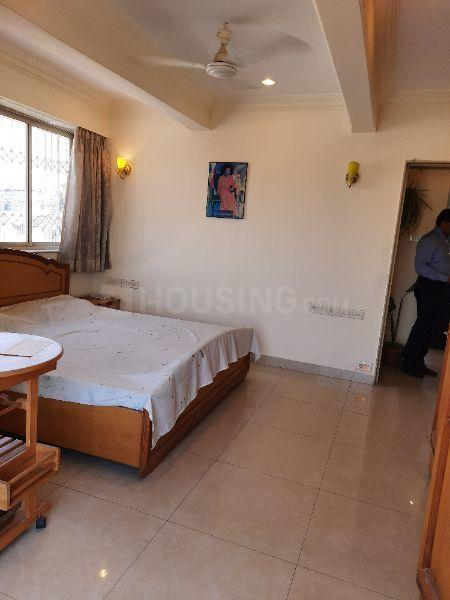 Bedroom Image of 1050 Sq.ft 2 BHK Apartment for rent in Cuffe Parade for 135000