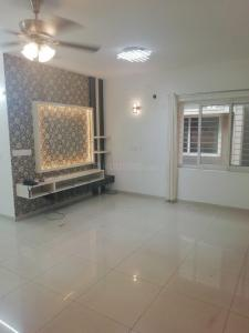Gallery Cover Image of 1744 Sq.ft 3 BHK Apartment for rent in Adugodi for 50000