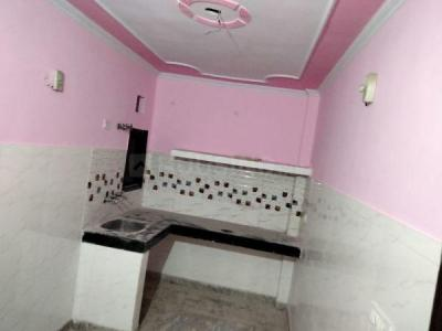 Gallery Cover Image of 400 Sq.ft 1 BHK Apartment for rent in Geeta Colony for 6500