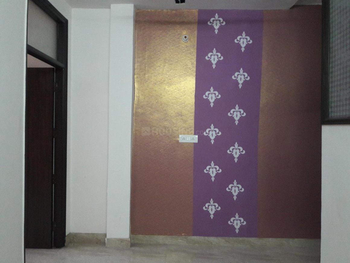 Living Room Image of 6000 Sq.ft 2 BHK Apartment for rent in Govindpuri for 11500