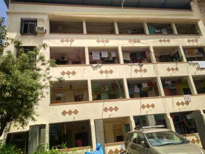 Gallery Cover Image of 400 Sq.ft 1 RK Apartment for rent in Sion for 15000