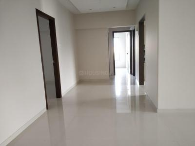 Gallery Cover Image of 1640 Sq.ft 3 BHK Apartment for buy in Dahisar West for 19400000