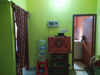 Gallery Cover Image of 750 Sq.ft 2 BHK Apartment for rent in Netaji Nagar for 16000