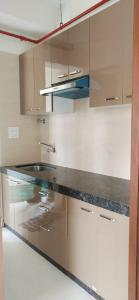 Gallery Cover Image of 350 Sq.ft 1 BHK Apartment for rent in Dadar West for 32000