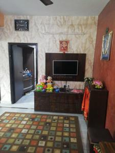 Gallery Cover Image of 809 Sq.ft 2 BHK Apartment for buy in Lake Town for 3200000
