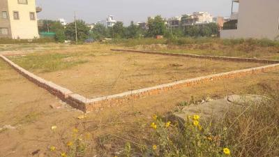 Gallery Cover Image of  Sq.ft Residential Plot for buy in Sector 42 for 55270200