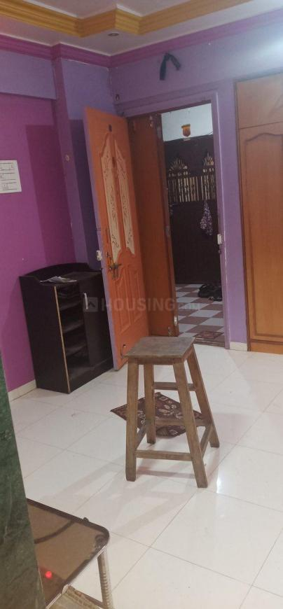 Living Room Image of 650 Sq.ft 2 BHK Apartment for rent in Kasarvadavali, Thane West for 13000