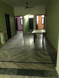Gallery Cover Image of 2152 Sq.ft 8 BHK Independent House for rent in Eta 1 Greater Noida for 40000