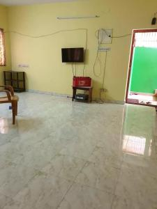 Gallery Cover Image of 1250 Sq.ft 2 BHK Independent House for rent in Urapakkam for 16000