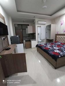 Bedroom Image of PG For Girls in DLF Phase 3