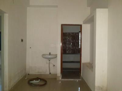 Gallery Cover Image of 800 Sq.ft 2 BHK Apartment for buy in Kamdahari for 2500000