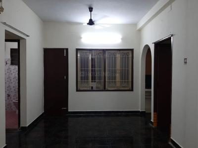 Gallery Cover Image of 900 Sq.ft 2 BHK Apartment for rent in Vadapalani for 15000