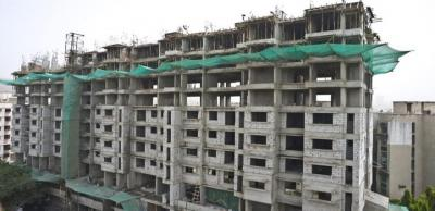 Gallery Cover Image of 600 Sq.ft 2 BHK Apartment for buy in Dahisar East for 12000000