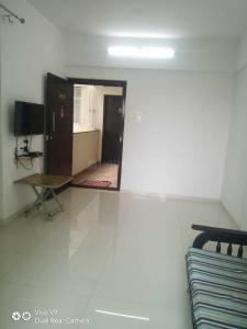 Gallery Cover Image of 1309 Sq.ft 3 BHK Apartment for buy in Anand Shanti Elixir, Mundhwa for 7500000