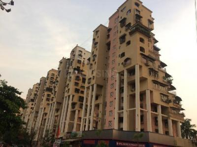 Gallery Cover Image of 1200 Sq.ft 2 BHK Apartment for buy in Sea Breeze Tower, Nerul for 25000000