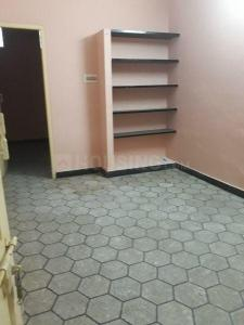 Gallery Cover Image of 500 Sq.ft 1 BHK Independent Floor for rent in Kodambakkam for 8000