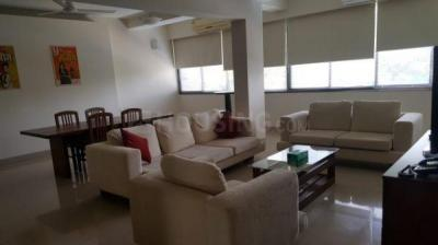Gallery Cover Image of 1800 Sq.ft 3 BHK Apartment for rent in Santacruz West for 250000