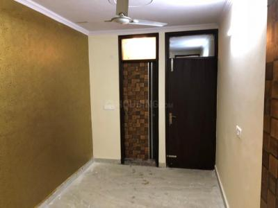 Gallery Cover Image of 770 Sq.ft 2 BHK Apartment for rent in Govindpuri for 15000