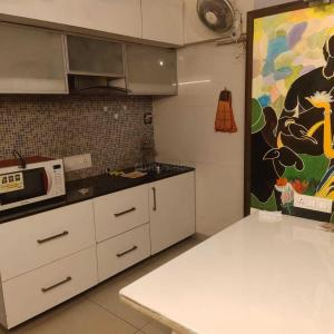 Gallery Cover Image of 2450 Sq.ft 4 BHK Apartment for rent in Oxford One Koregaon Park, Koregaon Park for 75000