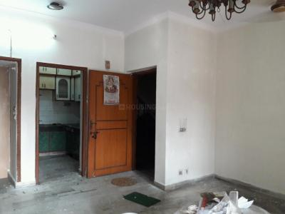 Gallery Cover Image of 960 Sq.ft 2 BHK Apartment for rent in Shipra Suncity for 11500