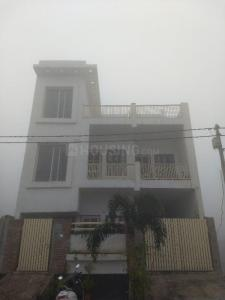 Gallery Cover Image of 1200 Sq.ft 2 BHK Villa for rent in Neelkanth Residency, Yamunapuram for 8500