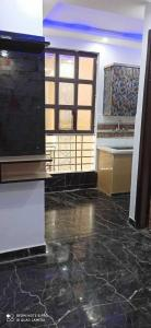 Gallery Cover Image of 916 Sq.ft 3 BHK Apartment for buy in Sector 11 for 5512400