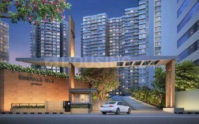 Gallery Cover Image of 1025 Sq.ft 2 BHK Apartment for buy in L And T Emerald Isle T15, Powai for 22800000