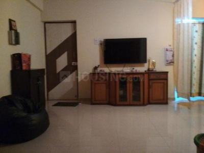 Gallery Cover Image of 1010 Sq.ft 3 BHK Apartment for buy in Vrindavan Tower, Borivali West for 29000000