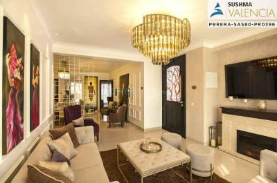 Gallery Cover Image of 1800 Sq.ft 3 BHK Apartment for buy in Valencia, Nagla for 5810000