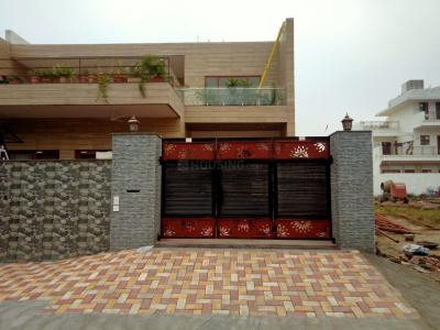 Gallery Cover Image of 2100 Sq.ft 2 BHK Independent Floor for rent in Amravati Enclave for 12000