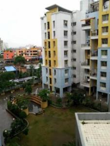Gallery Cover Image of 850 Sq.ft 1 BHK Apartment for rent in Kharadi for 16500