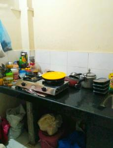 Kitchen Image of Girls PG in Malad West