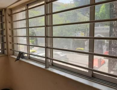 Gallery Cover Image of 420 Sq.ft 1 RK Apartment for rent in Daulat Shirin, Colaba for 35000
