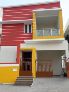 Gallery Cover Image of 783 Sq.ft 2 BHK Apartment for buy in Selaiyur for 2955825