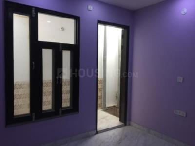 Gallery Cover Image of 1200 Sq.ft 3 BHK Independent Floor for rent in Nangloi for 15000