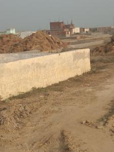 Gallery Cover Image of 900 Sq.ft Residential Plot for buy in Sector 35 for 550000