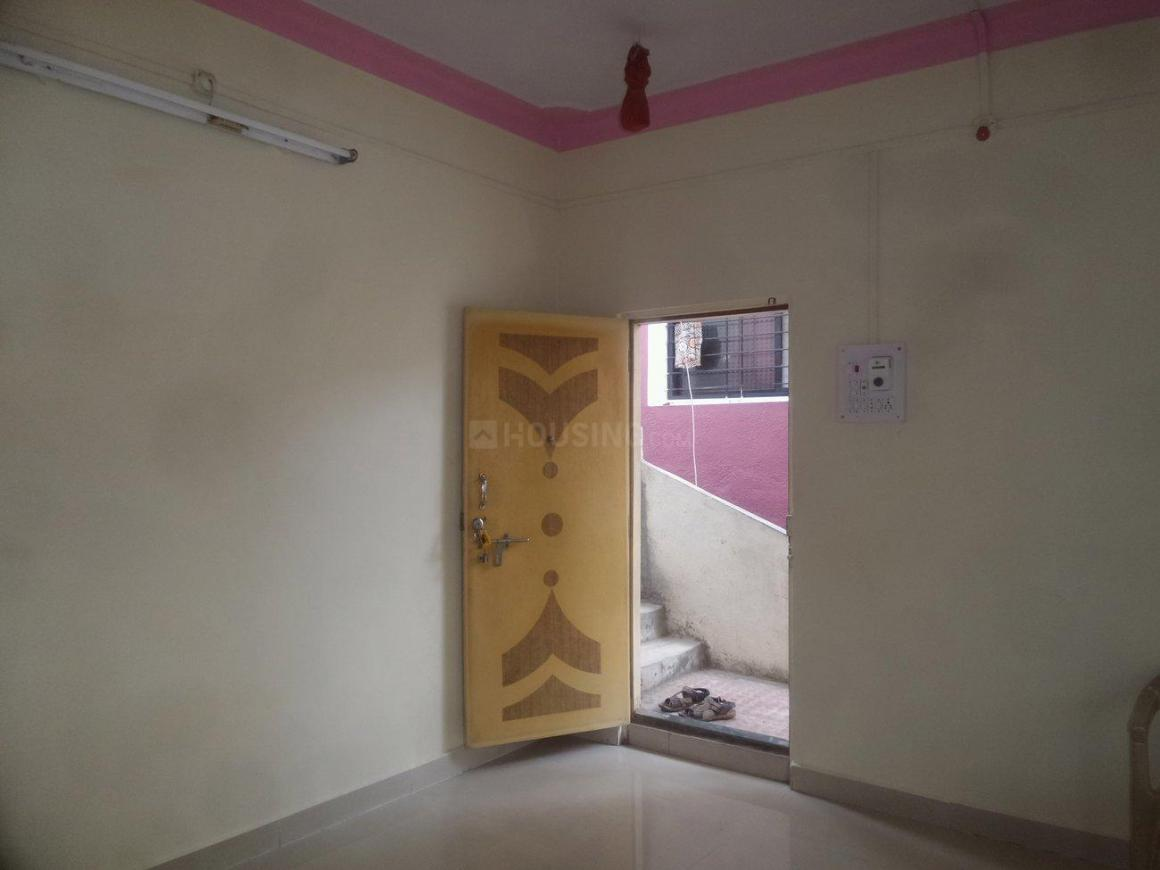 Living Room Image of 650 Sq.ft 1 BHK Apartment for rent in Kharadi for 10000