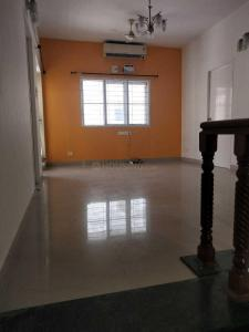 Gallery Cover Image of 1800 Sq.ft 3 BHK Apartment for rent in Adyar for 75000