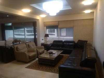 Gallery Cover Image of 3200 Sq.ft 4 BHK Apartment for rent in Khodiyar for 80000