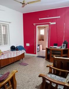 Gallery Cover Image of 1500 Sq.ft 3 BHK Independent House for rent in R. T. Nagar for 35000