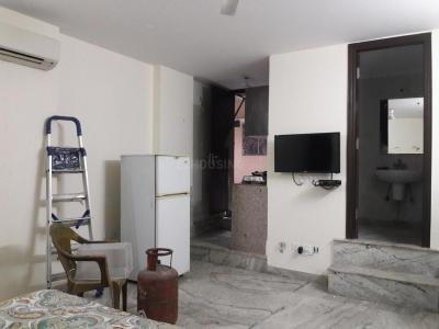 Gallery Cover Image of 380 Sq.ft 1 RK Apartment for rent in Lajpat Nagar for 16000