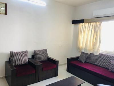 Gallery Cover Image of 450 Sq.ft 1 BHK Apartment for rent in Andheri West for 40000