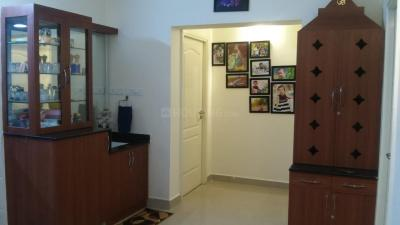 Gallery Cover Image of 1450 Sq.ft 3 BHK Apartment for rent in Pallikaranai for 23000