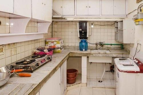 Kitchen Image of Puneet Nest 25 in Sector 25