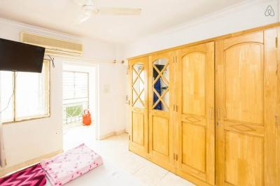Gallery Cover Image of 1200 Sq.ft 2 BHK Apartment for rent in Sterling Park, Sahakara Nagar for 27000